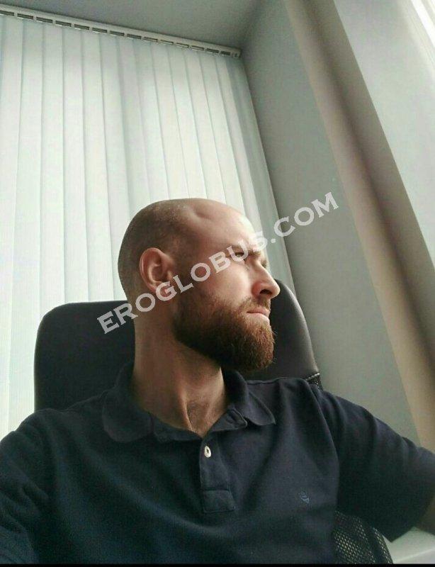 Владимир, 32